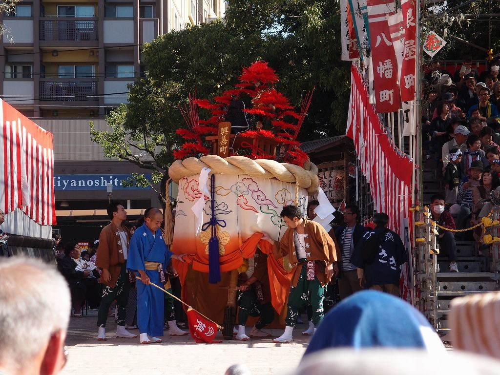 長崎くんち興善町の傘鉾