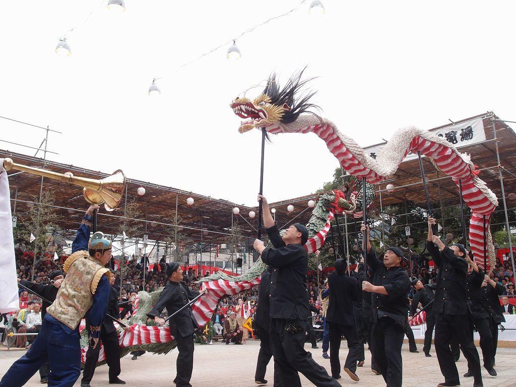長崎おくんちの龍踊り