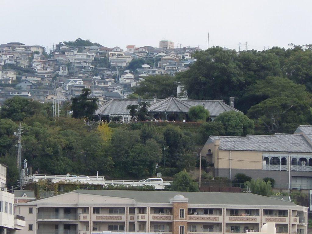 長崎港から見えるグラバー園